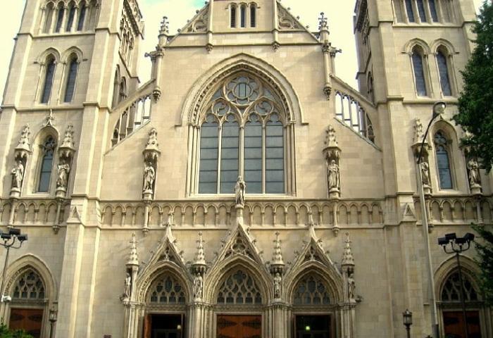 Catedral.de.São.Paulo.Pittsburgh.jpg