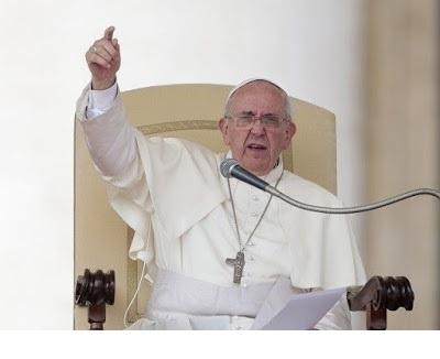 papa.francisco.rorate.caeli.jpg